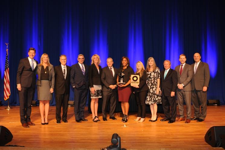 SJ Innovations executive team celebrate being named the 2018 Metro 50 winner.